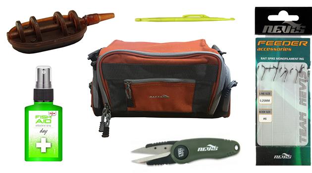 Feeder szerelékes táska és a tartalmának egy része